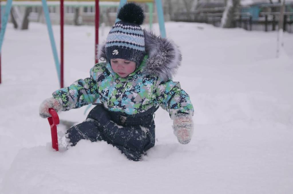 پوست کودک در زمستان
