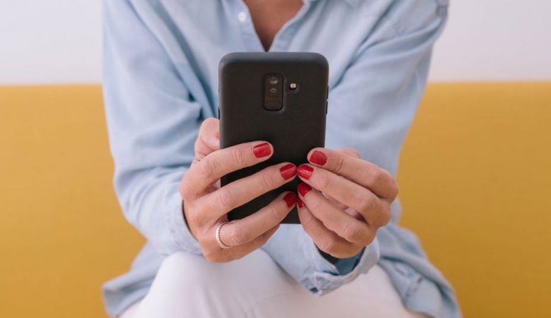 عوارض تلفن همراه