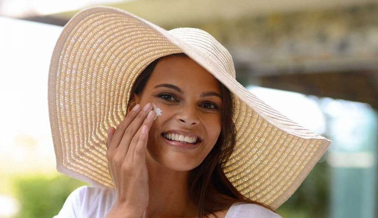 ضد آفتاب قبل از مرطوب کننده