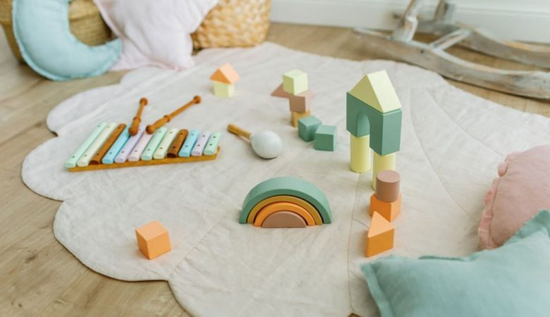 اسباب بازی مناسب سن کودکان
