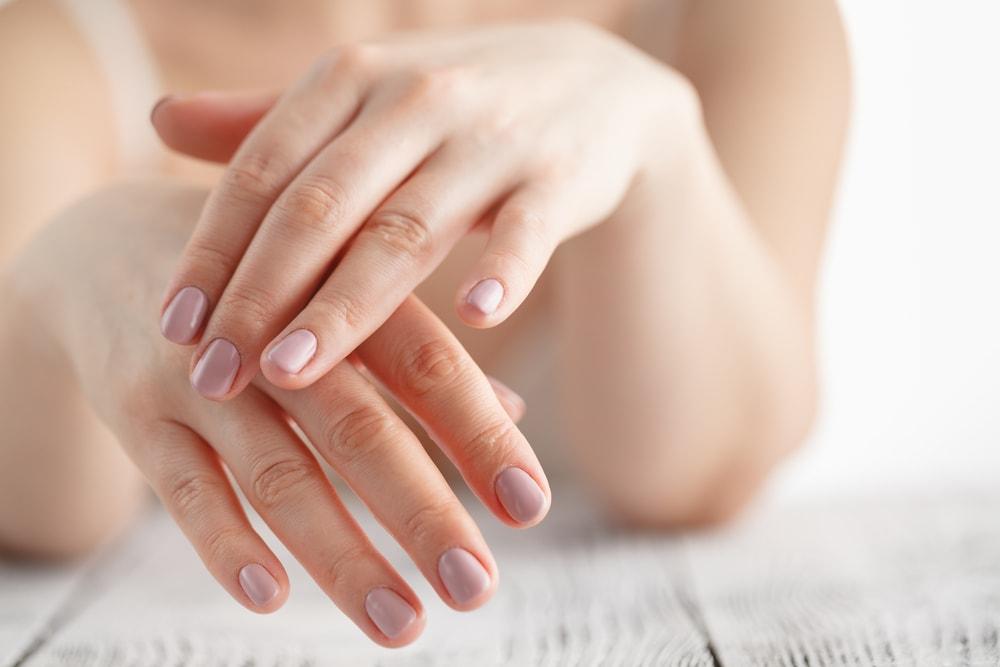 بهترین کرم مرطوب کننده برای پوست خشک و حساس دست